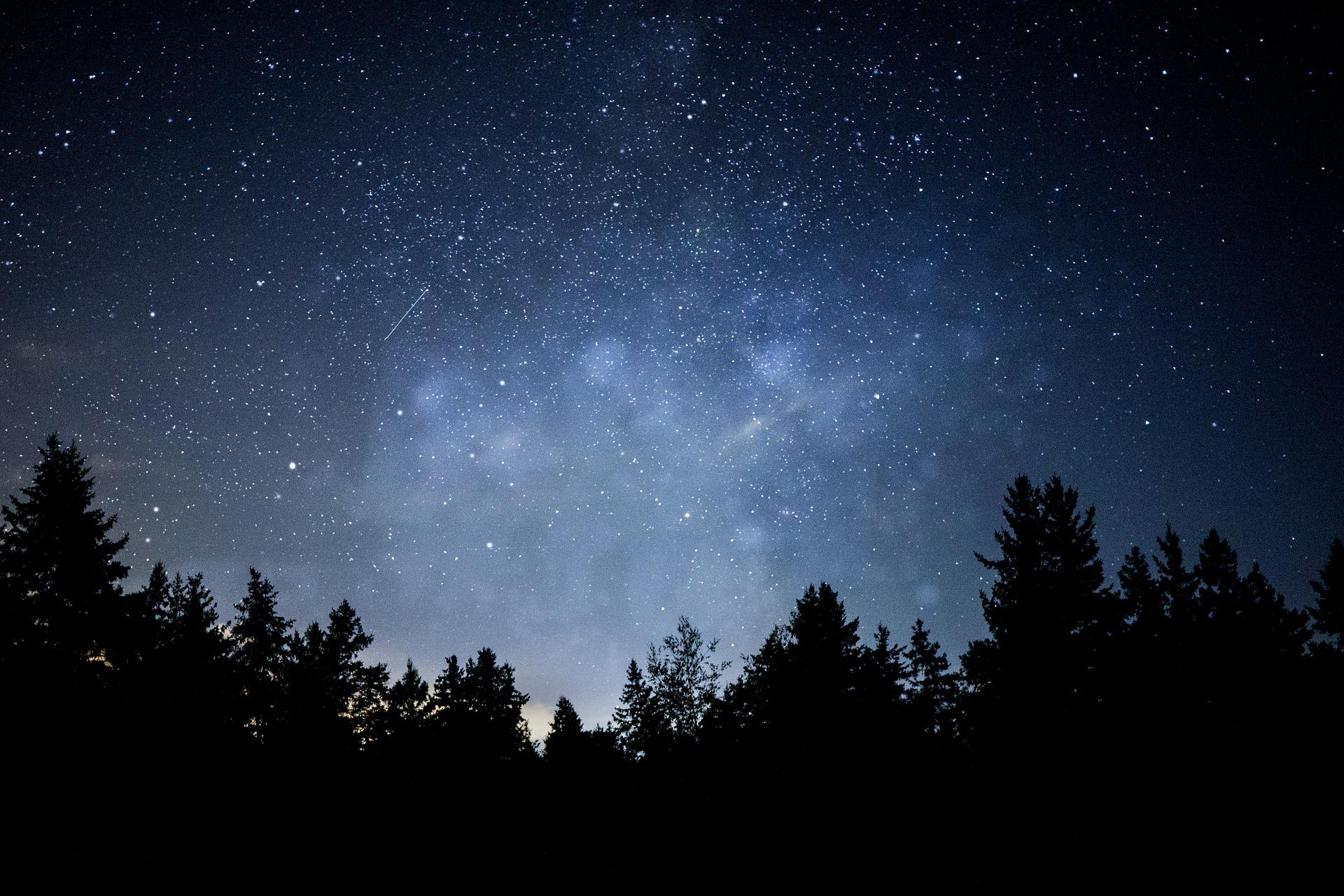Zum Greifen nah – Sterne über der Eifel